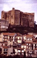 Veduta del Castello dei Ventimiglia del XIV sec.