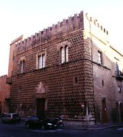 Palazzo Steripinto: veduta prospettica dalla via Pietro Gerardi